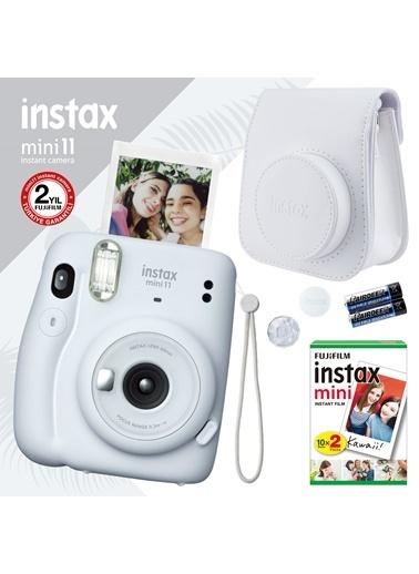 Fujifilm instax mini 11 Beyaz Fotoğraf Makinesi ve Hediye Seti 4 Beyaz